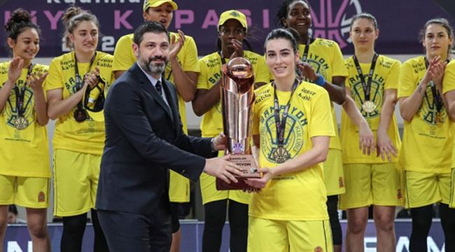Kadınlar Türkiye Kupası FB Öznur Kablo'nun