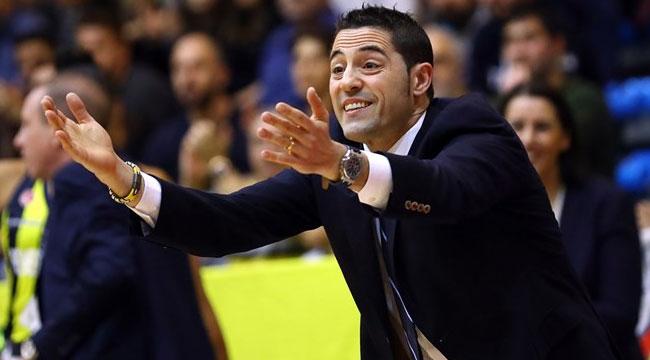 Kadınlar EuroLeague'de yılın antrenörü Lapena