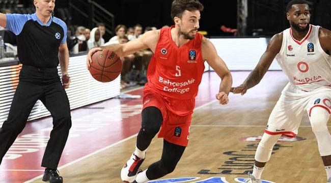 JL Bourg: 79 - Bahçeşehir Koleji: 77
