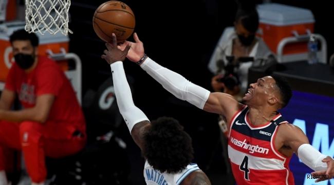 """NBA'de bir günde altı """"triple-double"""" rekoru"""