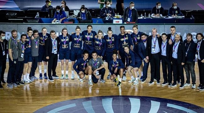 Bronz madalya Fenerbahçe Öznur Kablo'nun