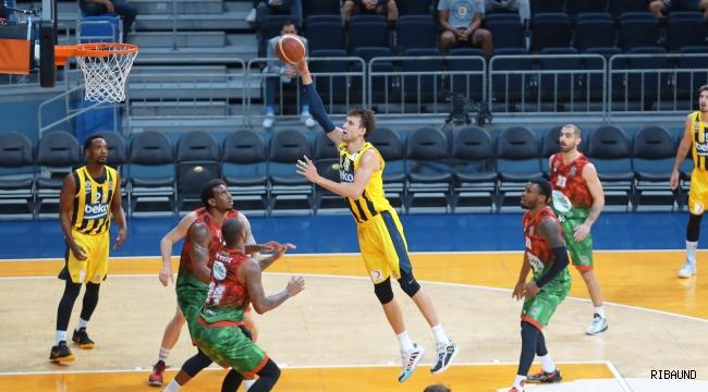 İzmir'de kazanan Fenerbahçe Beko