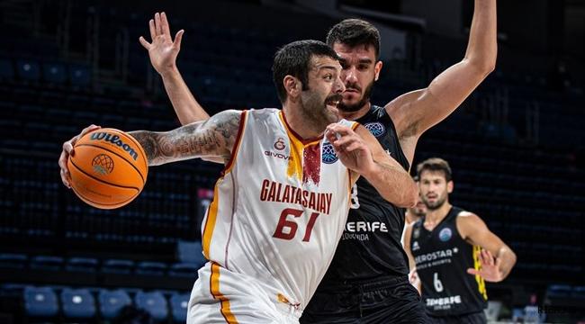 Galatasaray Göksenin Köksal ile sözleşme yeniledi