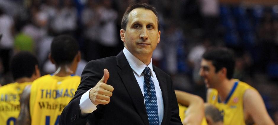 Blatt Knicks'e danışman oldu