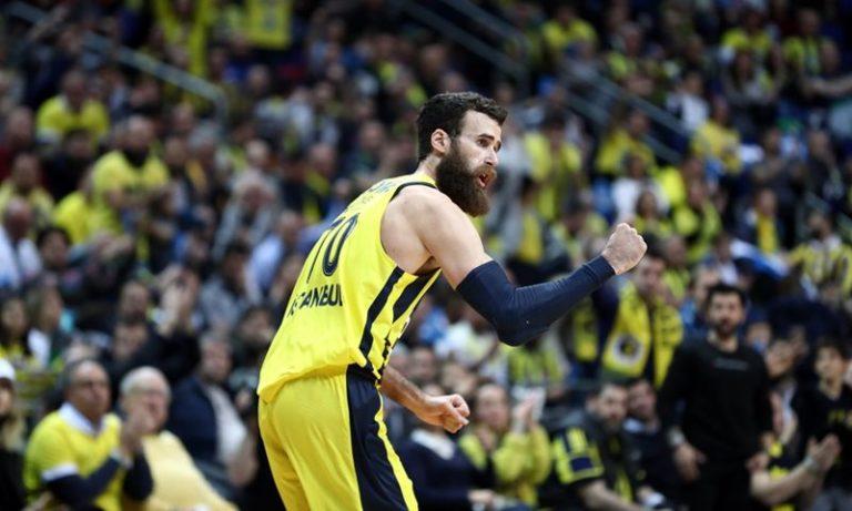 Fenerbahçe Beko evinde 15'te 15 yaptı