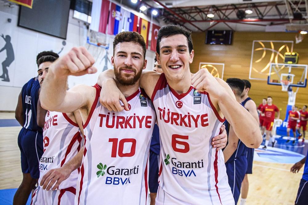U20 Erkekler Avrupa Şampiyonası'na galibiyetle başladık